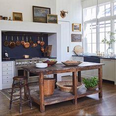 Home Interior Salas Kitchen Cabinets Decor, Cabinet Decor, Kitchen Interior, New Kitchen, Kitchen Design, Interior Office, Apartment Kitchen, Room Kitchen, Home Decor Styles