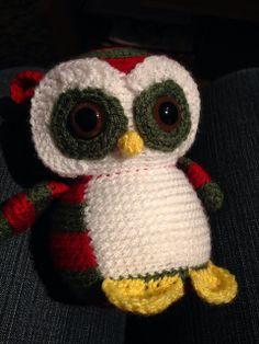 Nelson the Christmas Owl (FreshStitches)