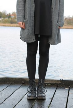 Cozy Grunge: Doc Martens, leggins, sweater and boyfriend cardigan.