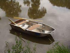 Handwerksfabrik für Fischerboote und geschweißte Aluminiumboote Jedes Boot kann sich an die Kundenanforderung anpassen Aluminiumbarke - Fischerei barke   Fischerei barke - Boot - Bark - Aluminiumbarke  - Fischerboot   - Boot alu - Aluminiumboot  - Flachbodenboot  - Fischerboot -  aus geschweißtem Aluminium in dünner Dicke  Freizeitboot