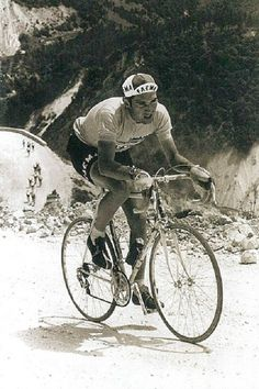 ......Merckx on the Strada Bianchi, Giro