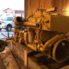 Rebuilt Caterpillar 3406 Marine Engine which is Rated at 400HP at 1800RPM. It is Completely equiped with Twin Disk MG514 Gear having 4.5:1 Ratio  for Approximately 2500 Hours Since Complete Overhaul.