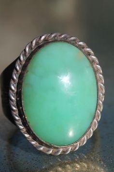 Vintage 925 Sterling Silver & Green Jade Men's Signet Ring Navajo Style
