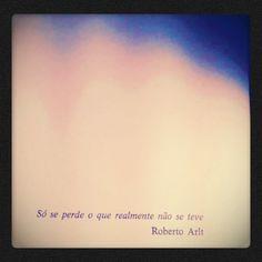"""(Em """"Nome falso"""", Ricardo Piglia)"""