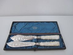 Mother of Pearl & Floral Engraved Sterling Silver Collar 2pc Knife Set c1900