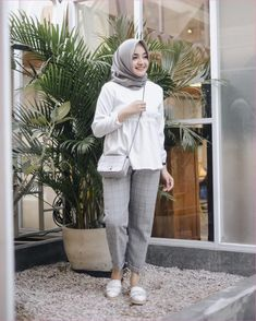 Modest Fashion Hijab, Casual Hijab Outfit, Ootd Hijab, Hijab Chic, Muslim Fashion, Casual Outfits, Simple Hijab, Hijab Fashionista, Hijab Fashion Inspiration