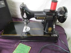 1935 Singer FEATHERWEIGHT 221 Scroll Face SEWING MACHINE Accessories Key Locks #vintagesewingmachines