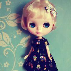 Blythe - Original Takara Blythe original, modelo simply vanilla - vai com roupa da minha escolha, sem defeitos. tem sleepy eyes ^^