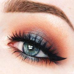 hot & cold makeup /beautycloudnl/ | warm orange / reddish halo eye with pop of metallic petrol