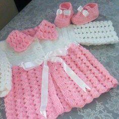 Baby Crochet Patterns Part 4 - Beautiful Crochet Patterns and Knitting Patterns Crochet Baby Dress Free Pattern, Baby Girl Crochet Blanket, Baby Sweater Knitting Pattern, Crochet Baby Cardigan, Crochet Bebe, Baby Hats Knitting, Hand Knitted Sweaters, Crochet Girls, Knitting Patterns