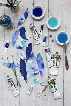 DIY Feathered Collages via Photo Bleu, Collages, Everything Is Blue, Blue Aesthetic, Something Blue, Ravenclaw, My Favorite Color, Shades Of Blue, Color Inspiration