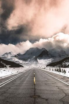Shared by Cris Figueiredo. Find images and videos about nature, winter and landscape on We Heart It - the app to get lost in what you love. Beautiful Roads, Beautiful Landscapes, Beautiful Places, Wonderful Places, Landscape Photography, Nature Photography, Travel Photography, Jolie Photo, Adventure Is Out There