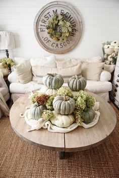 Neutral Fall Decor - Heirloom pumpkin Coffee Table -