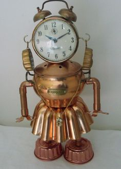 junkbotworld.com - aunt bea vintage clock and copper JELL-O mold ROBOT