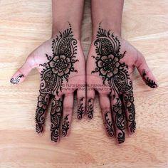 I've never gotten palm henna...