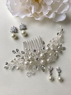 Bridal hair comb features hand-wired floral clusters of Swarovski crystals, rhinestones and off white pearls. Diy Wedding Hair, Headpiece Wedding, Wedding Hair Pieces, Bridal Headpieces, Bridal Jewelry Sets, Wedding Hair Accessories, Floral, Swarovski Crystals, Metal Comb