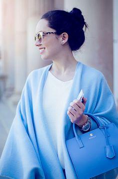 Cómo combinar un poncho azul claro en tu look de primavera : MartaBarcelonaStyle's Blog