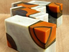 Geometric soap art by Pasito a Pasito