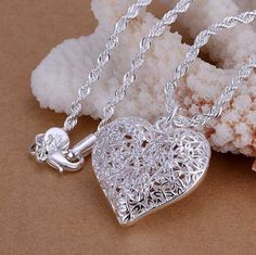 Sterling Silver Cute Sand Flowered Heart Pendant Necklace