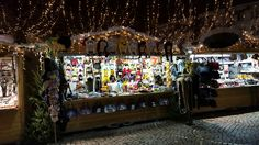 My christmas stand on Bruges Christmas market, full of animal hats :-)
