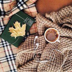 Image via We Heart It http://weheartit.com/entry/257163506 #autumn #beige #black…