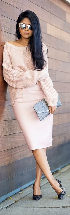 Walk In Wonderland Style outfit clothing women apparel fashion sunglasses skirt sweater purse coral pink casual summer
