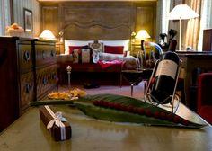 Indulge at the Mont Cervin Palace in Zermatt, Switzerland and enjoy our luxury in-resort services, ski guiding and kids ski programmes. Kids Skis, Ski Season, Zermatt, Palace Hotel, Cosmopolitan, Switzerland, Skiing, Luxury, Home Decor