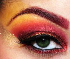 Gryffindor Eye Makeup.