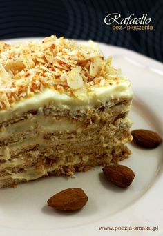 "Rafaello - ciasto bez pieczenia / No-bake coconut cake ""Rafaello"" (recipe in Polish) Polish Desserts, Polish Recipes, Just Desserts, Sweet Recipes, Cake Recipes, Dessert Recipes, Yummy Treats, Sweet Treats, Yummy Food"