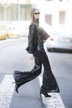 Dyemonde is a Greek women clothing brand since A Dyemonde woman is cosmopolitan,confident and she has a hippie attitude. Sequin Pants, Jasmine, Kimono Top, Sequins, Clothes For Women, Womens Fashion, Cotton, Collection, Tops