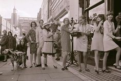 60s mod trendy young things.