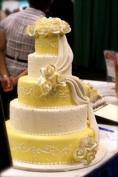 yellow wedding cake recipe; not a big fan of the yellow but i like the design