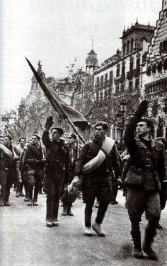 Franco's troops entering the capital of Catalonia. #spainishcivilwar