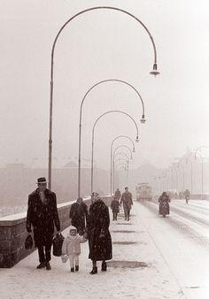 File:Sneg na mariborskem glavnem mostu 1961.jpg
