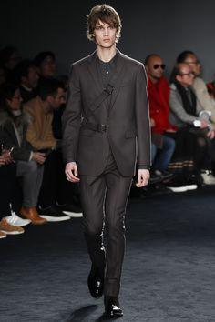 Jil sander fall 2016 menswear fashion show men's fall 2016 Milan Men's Fashion Week, Mens Fashion Week, Sport Fashion, New Fashion, Fashion Show, Autumn Fashion, Fashion Menswear, Runway Fashion, High Fashion