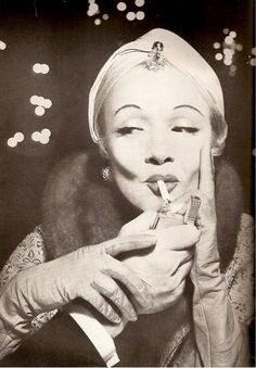 Marlene Dietrich* this photo makes me want to buy a turban!*