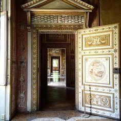 When a door opens........ #Palazzo Ducale Mantova