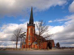 The Claude Presbyterian Church in Caledon, Ontario on Hwy 10 Ontario, Buildings, Religion, Canada, Architecture, Travel, Beautiful, Arquitetura, Viajes