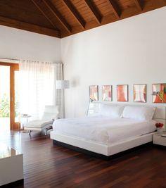 Zen Bedroom   Photo Gallery: Relaxed Dominican Home   House & Home   photo Virginia Macdonald