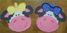 many potholder patterns with diagrams cows Crochet Potholder Patterns, Crochet Motifs, Crochet Dishcloths, Crochet Cow, Crochet Animals, Free Crochet, Crochet Home Decor, Crochet Crafts, Crochet Projects