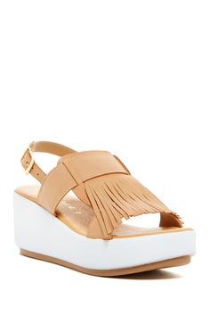 Fun with fringe!  Need these tan & white Matisse Platform Sandals