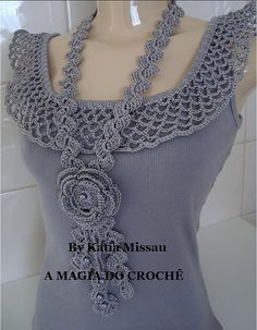 simple tank with crochet collar in this pic. It's a website no patterns just a lot of great ideas for crochet projects Col Crochet, Crochet Collar, Crochet Woman, Crochet Blouse, Crochet Scarves, Crochet Clothes, Diy Clothes, Sewing Clothes, Crochet Fashion
