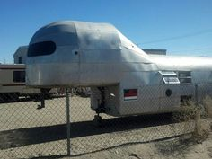 Looks like a dinasour ! Car Trailer, Airstream Trailers, Camping Trailers, Travel Trailers, Vintage Rv, Vintage Campers, Vintage Trailers, 5th Wheel Camper, Gypsy Wagon