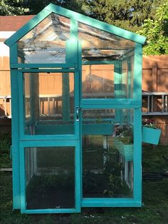 Recycled Windows, Old Windows, Wooden Cable Spools, Window Greenhouse, Greenhouse Ideas, Cat Castle, Cob Building, Recycling, Make A Lamp