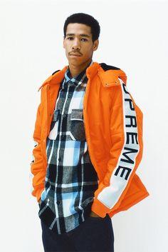 Supreme Efterår / Vinter Kollektion - Thumbs Up Sport Fashion, Mens Fashion, Street Fashion, Fashion Tips, Supreme, Rain Jacket, Bomber Jacket, Traditional Fashion, Fall Winter 2014