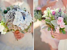 Festive farm bouquets for the bride and bridesmaids. Photo: Juné Joubert