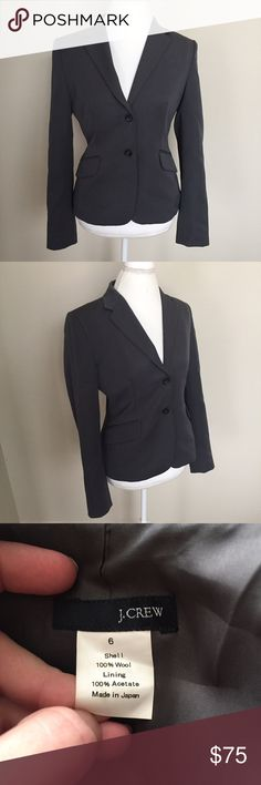 """J Crew Campbell Blazer in Super 120s Wool Gorgeous and in excellent like new condition, this J Crew """"Campbell Blazer"""" in """"Super 120s Wool"""" is Gray in color and a size 6. ⚓️No trades or holds. I accept reasonable offers. I only negotiate through the offer button. I do not model. I ship within two business days of your order. I only use Posh. 🚭🐩HB J. Crew Jackets & Coats Blazers"""