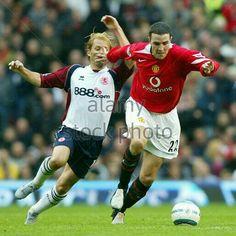 Man Utd 1 Middlesbrough 1 in Oct 2004 at Old Trafford. John O'Shea palms off Gaizka Mendieta #Prem