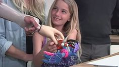 Here is a Video featuring how a Printer was used to give Little Girl New Prosthetic Arm in less than 24 hrs for Just 50 Dollars Retail Technology, Wearable Technology, New Technology, 3d Printing News, 3d Printing Technology, Mobile Marketing, Sales And Marketing, Mobile Business, Cloud Computing