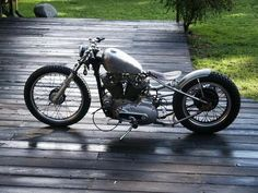 Vintage Motorcycles, Harley Davidson Motorcycles, Custom Motorcycles, Custom Bikes, Bobber Chopper, Dream Cars, Bobbers, Choppers, Vehicles